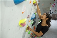 Bouldering indoors: the low-down