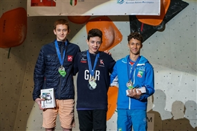 Gold and Bronze success for GB Climbers at the European Youth Bouldering Championships